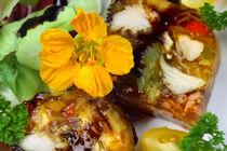 Aal in Aspik mit essbaren Blüten by lizcollet