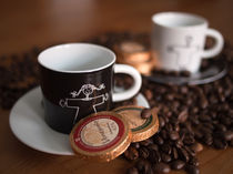 Espresso schwarz-weiss by Rainer Probst