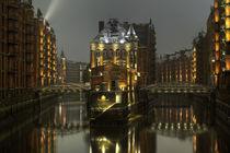 Winternacht in der Speicherstadt by Michael Krämer