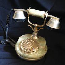 Antikes Telefon von Ina Hartges