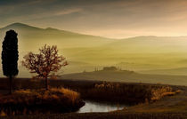 Lichtstimmung im Val d'Orcia by Helmut Plamper