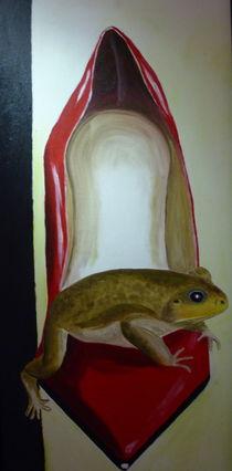 Kröte im roten Pumps by ERIKA FUSS
