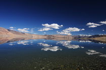 Tso Moriri in Ladakh by Thomas Mick