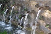 Verspielte Wasserfälle by julita