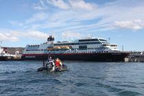 Hurtigrutenschiff MS Trollfjord - 2 by oktopus4