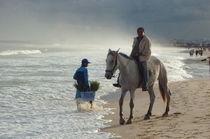 reiter am strand by Isabel Vogel