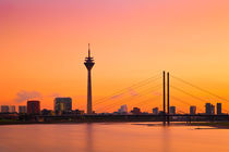 Düsseldorf 04 by Tom Uhlenberg