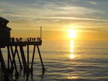 Huntigton Beach Pier at Main Street, California by Willy Matheisl