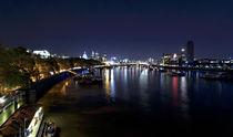 London bei Nacht. Themseufer.  by Robert Schulz
