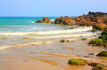 Traumhafter Naturstrand an der bretonische Küste in Frankreich by Marita Zacharias
