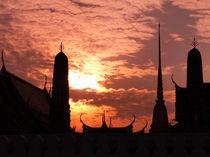 Tempel im Sonnenuntergang by littlepeak