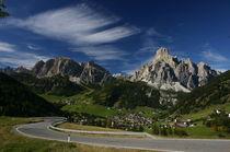 Straße in den Dolomiten by rheo