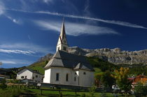 Kirche im Herbst by rheo