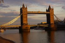 Tower Bridge in London by magdeburgerin