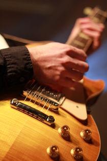 Gitarrenspieler, die Zweite von rebeccas