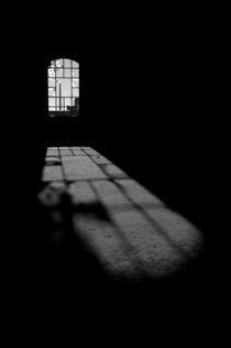 Schönheit des Verfalls - Zimmer mit Aussicht von Marc Mielzarjewicz