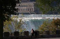 Niagara Falls I von Ralph Bridges