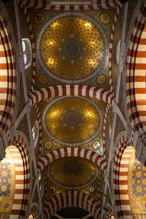 Ceiling in Notre Dame de la Garde by safaribears