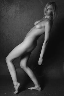 Nude posters - Silent footsteps by Falko Follert