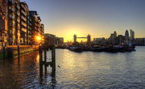 Tower Bridge Sunset by tgigreeny