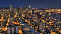 Seattle at Night by tgigreeny