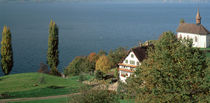 Chapel & farmhouse above Lake Zug Switzerland von Panoramic Images