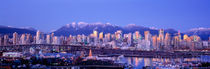 Twilight, Vancouver Skyline, British Columbia, Canada von Panoramic Images