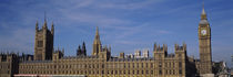 Blue sky over a building, Big Ben and the Houses Of Parliament, London, England von Panoramic Images