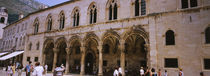 Group of people in front of a palace, Rector's Palace, Dubrovnik, Croatia von Panoramic Images