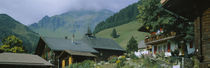 Low angle view of houses on a mountain, Muren, Switzerland von Panoramic Images