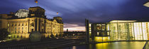 Buildings lit up at night, The Reichstag, Spree River, Berlin, Germany von Panoramic Images