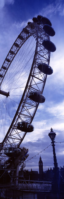 Low angle view of the London Eye, Big Ben, London, England von Panoramic Images