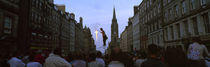 Street entertainer performing in the street, Royal Mile, Edinburgh, Scotland von Panoramic Images