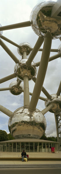 Low angle view of a sculpture of molecular model, Atomium, Brussels, Belgium by Panoramic Images