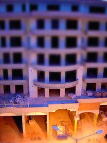 Under Construction von smartonoff