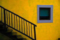 Yellowwall-cozumel-2007-200