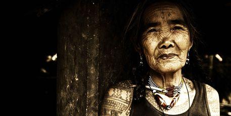Mama-filipina-2