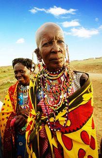 Masai woman by Simon Morelli