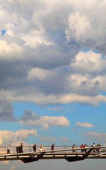 Brücke im Himmel von buellom