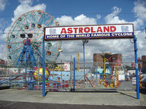 Astroland - Coney island von blackscreen