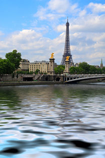 Spirit of Paris by Louise Heusinkveld