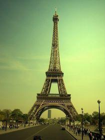 Le tour eiffel (vintage_view) by Mirela Oprea