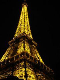 Le Tour Eiffel  by Mirela Oprea