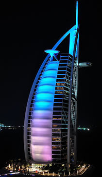 Burj Al Arab colour change by Olaf Fey