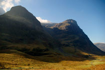A View Of The Two Sisters In Glen Coe von Tamas Katai
