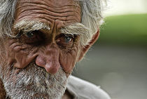 old man portrait by mariana clotta