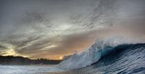 Die Welle von Peahi im Sonnenuntergang auf Maui von Andy Fox