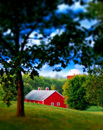 Red Barn by Brian Olson