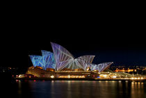 Sydney Opera House at Vivid Sydney festival von Tim Leavy