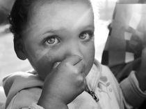 Through her eyes. by Aïsha van der Meulen